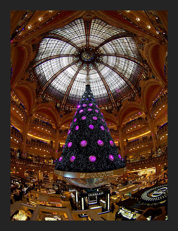 Swarovski Christmas Tree ~ The Galeries Lafayette, Paris, France
