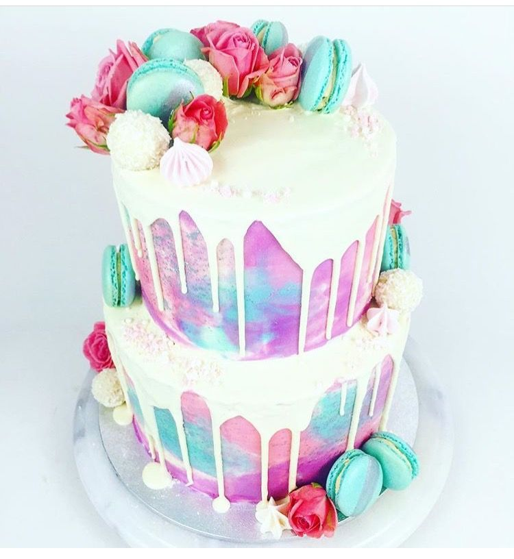 Pin By Gris Valadez On Baking In 2019 Macaroon Cake