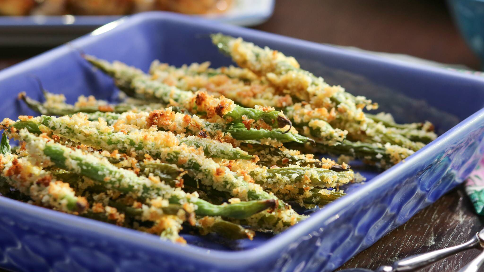 Green Bean Oven Fries With Valerie Bertinelli In 2020 Food Network Recipes Fries In The Oven Oven Green Beans