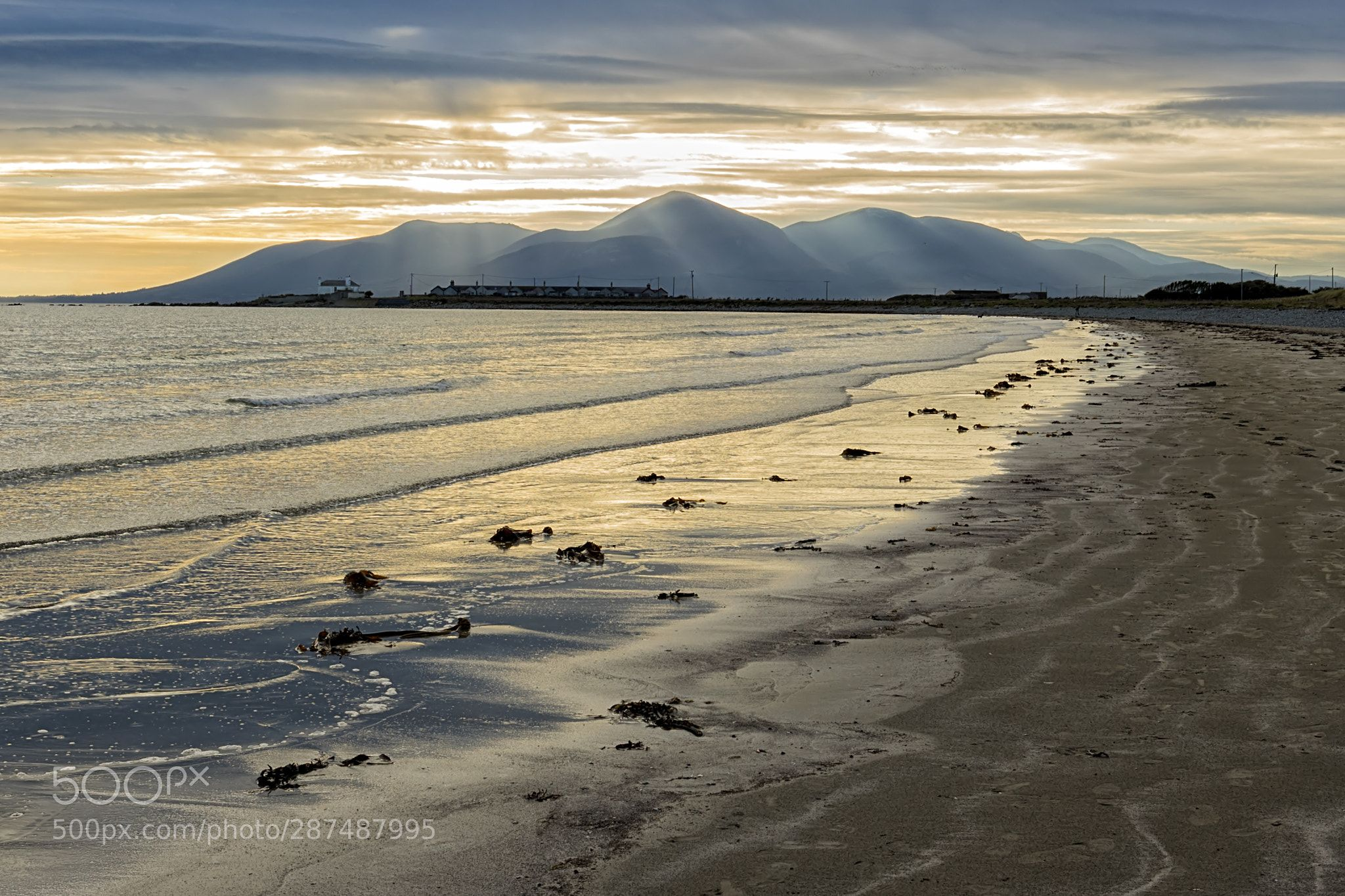 Mourne Silhouette From Tyrella Beach A View Of The Mourne Mountains Merry Christmas To You All Landscape Photo Beautiful Landscapes