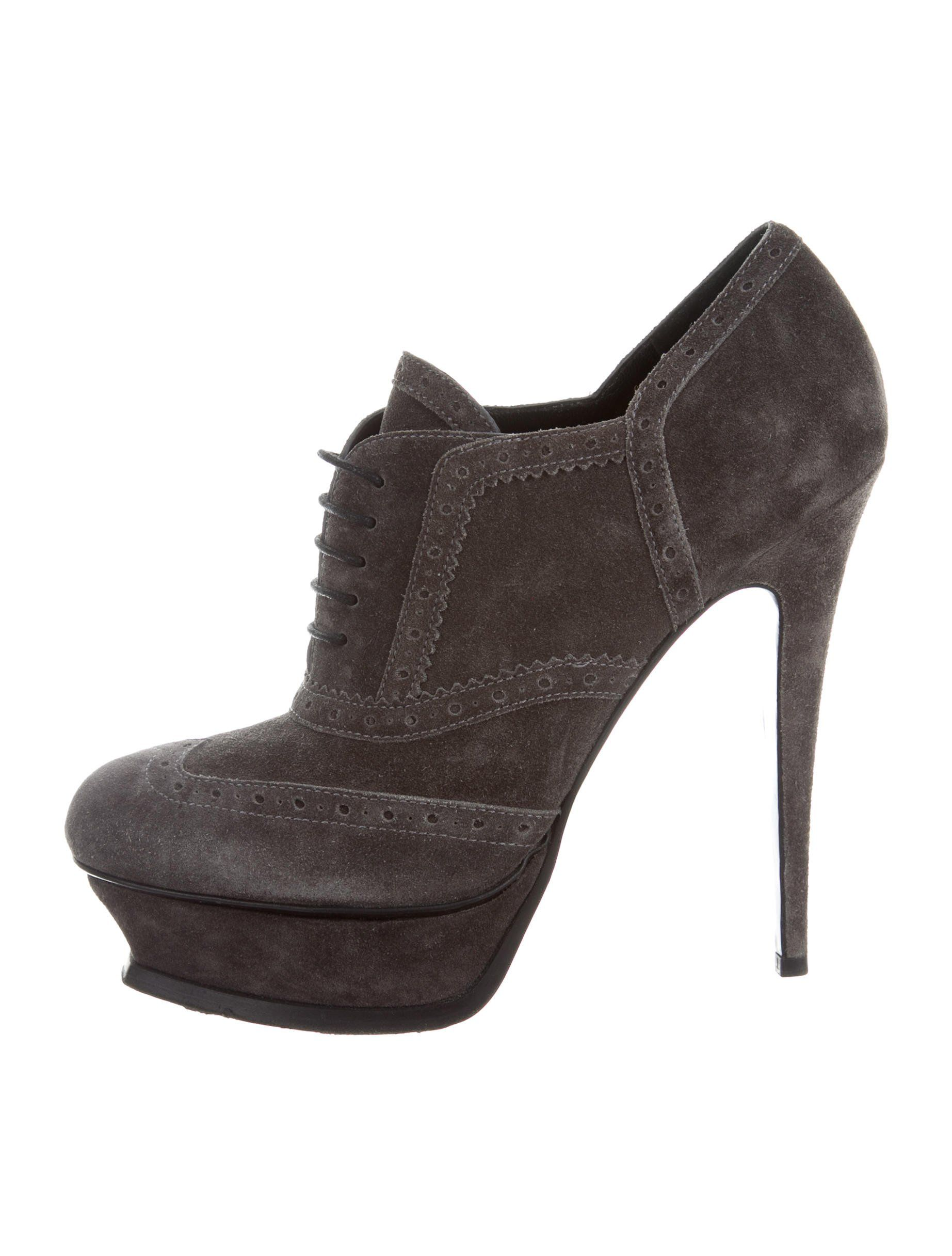 9c6a5e8f80e Charcoal suede Yves Saint Laurent oxford ankle boots with tonal stitching,  covered platforms and heels