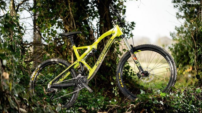 The Orbea Rallon X30 is for the most part a brilliantly on point and high value enduro machine