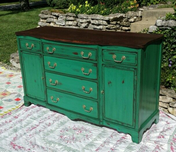 vintage buffet done with valspar chalky finish paint in peridot broche which is a very pretty. Black Bedroom Furniture Sets. Home Design Ideas