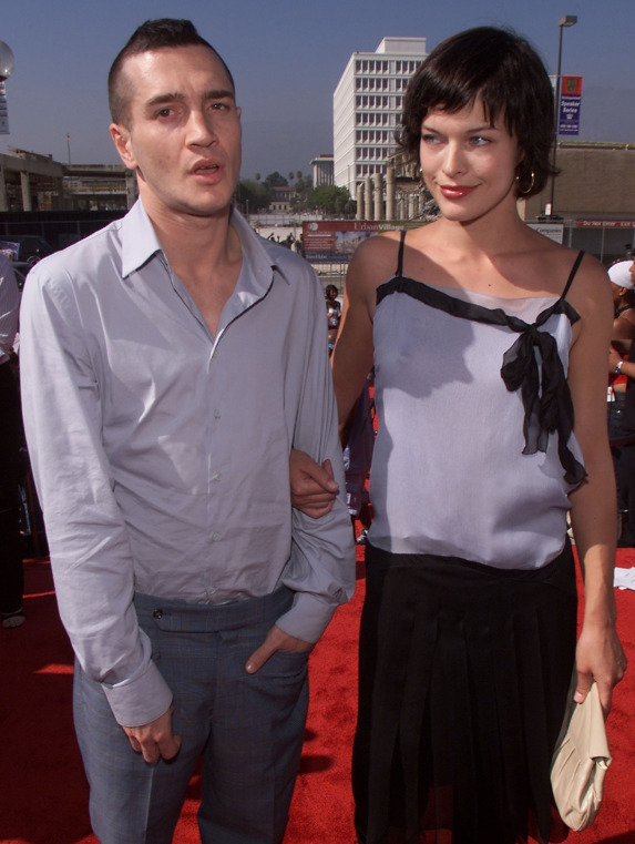 John Frusciante Once Dated Milla Jovovich (With images