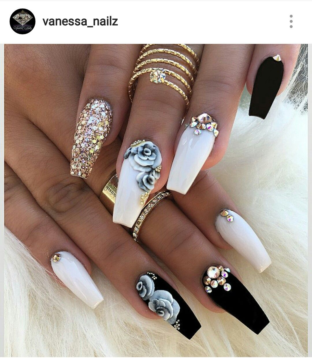 Black White Gold Nails By Vanessa Nailz On Ig Cute Acrylic Nails White Nails With Gold Gold Nails