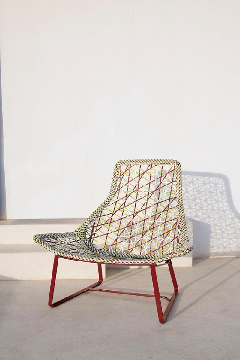 Kettal Maia, fauteuil relax par Patricia Urquiola, ici: http://www.kettal.es/kettal/product.php?PRO_ID=457