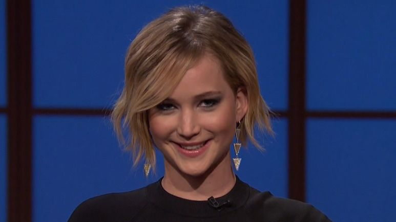 VIDEO: Jennifer Lawrence hilarious interview on 'Late Night with Seth Meyers'