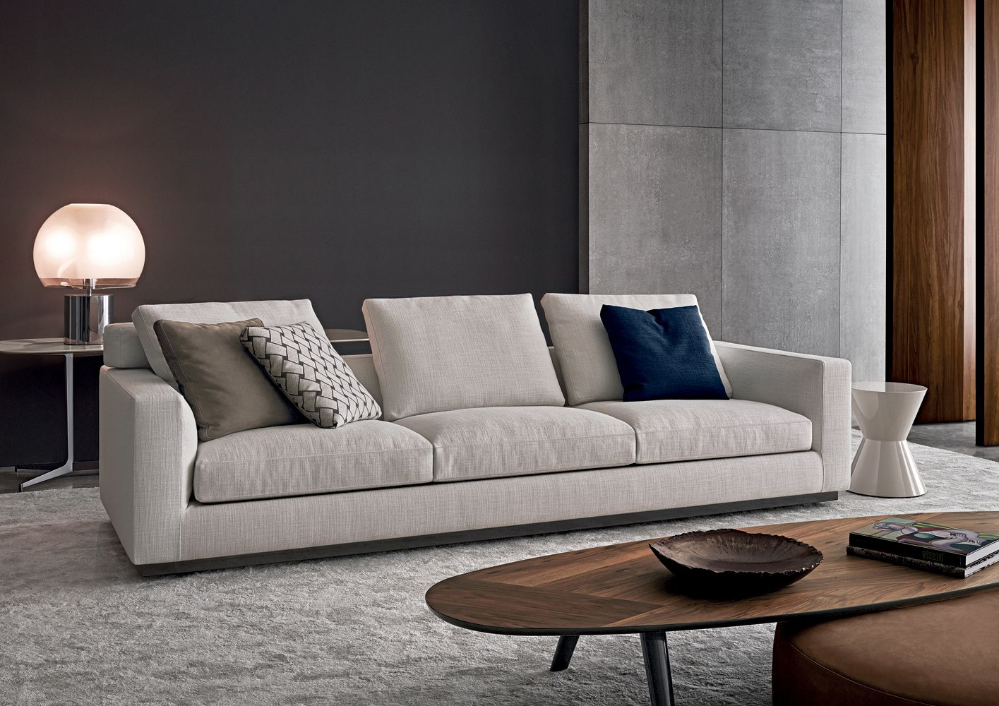 Andersenline8 Rodolfodordoni Minotti Orangeskin Jpg 1415 1000 Sofa Luxury Sofa Sofa Design