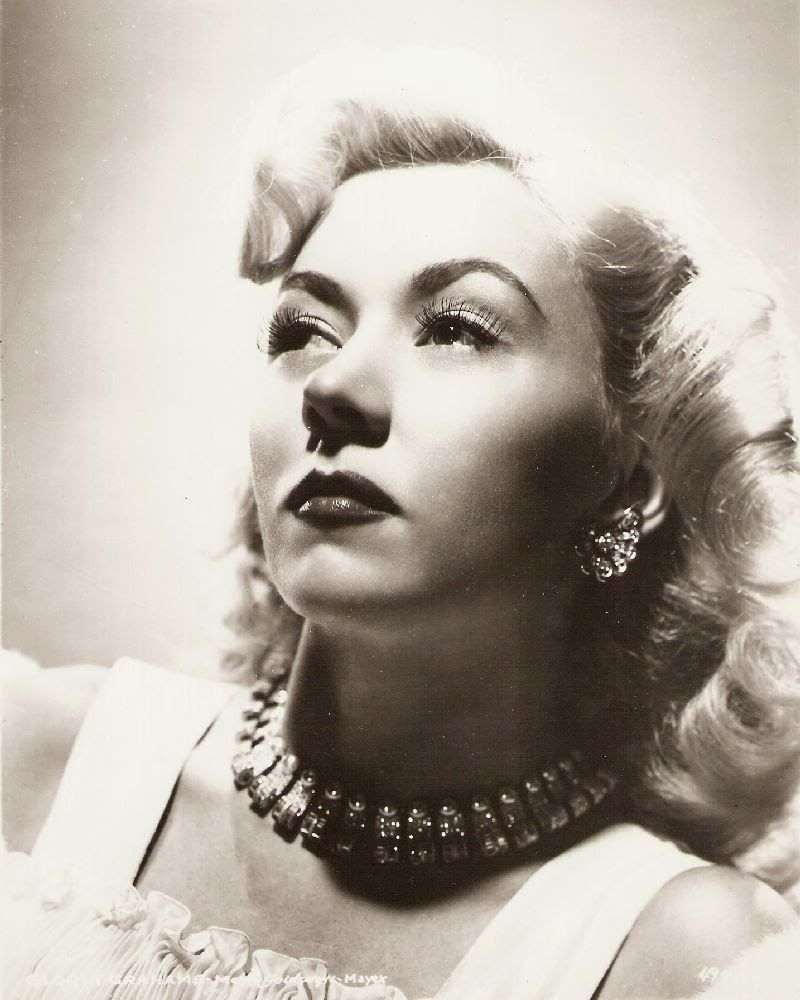 Film Noir Photos: Tracking with Closeups: Gloria Grahame