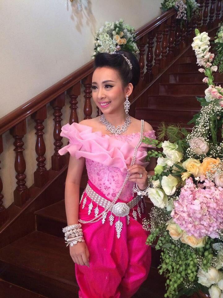 Pin de Dreamer en Cambodia brides   Pinterest