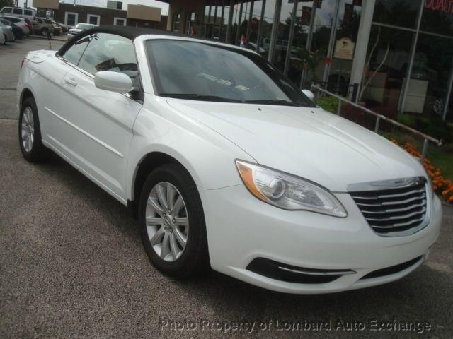 2014 Chrysler 200 8 454 Miles 21 495 With Images Chrysler