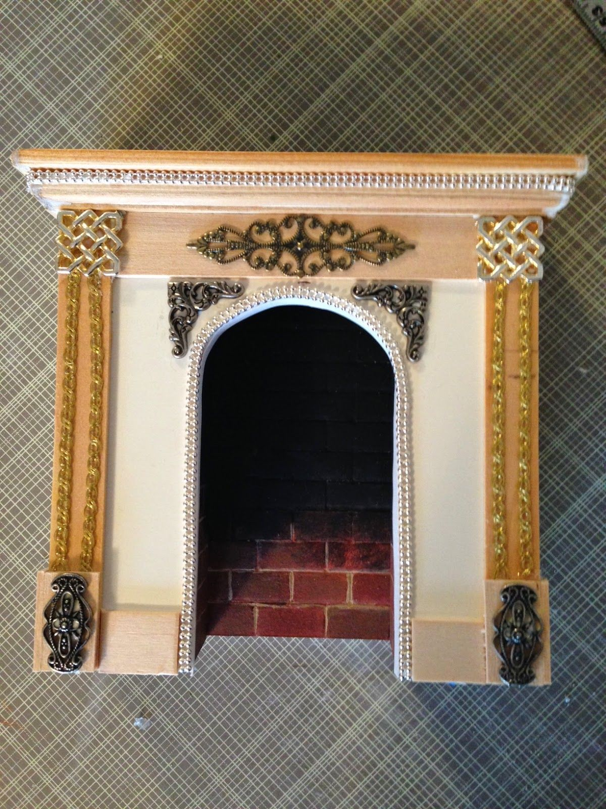 making a dollhouse fireplace nature 39 s soul miniatures miniatures inspiration tutorials. Black Bedroom Furniture Sets. Home Design Ideas