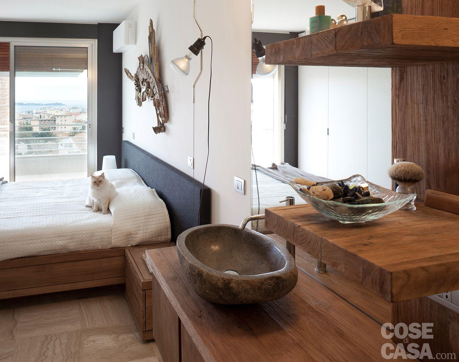 bagni con lavabo in pietra e base legno - Cerca con Google | My ...