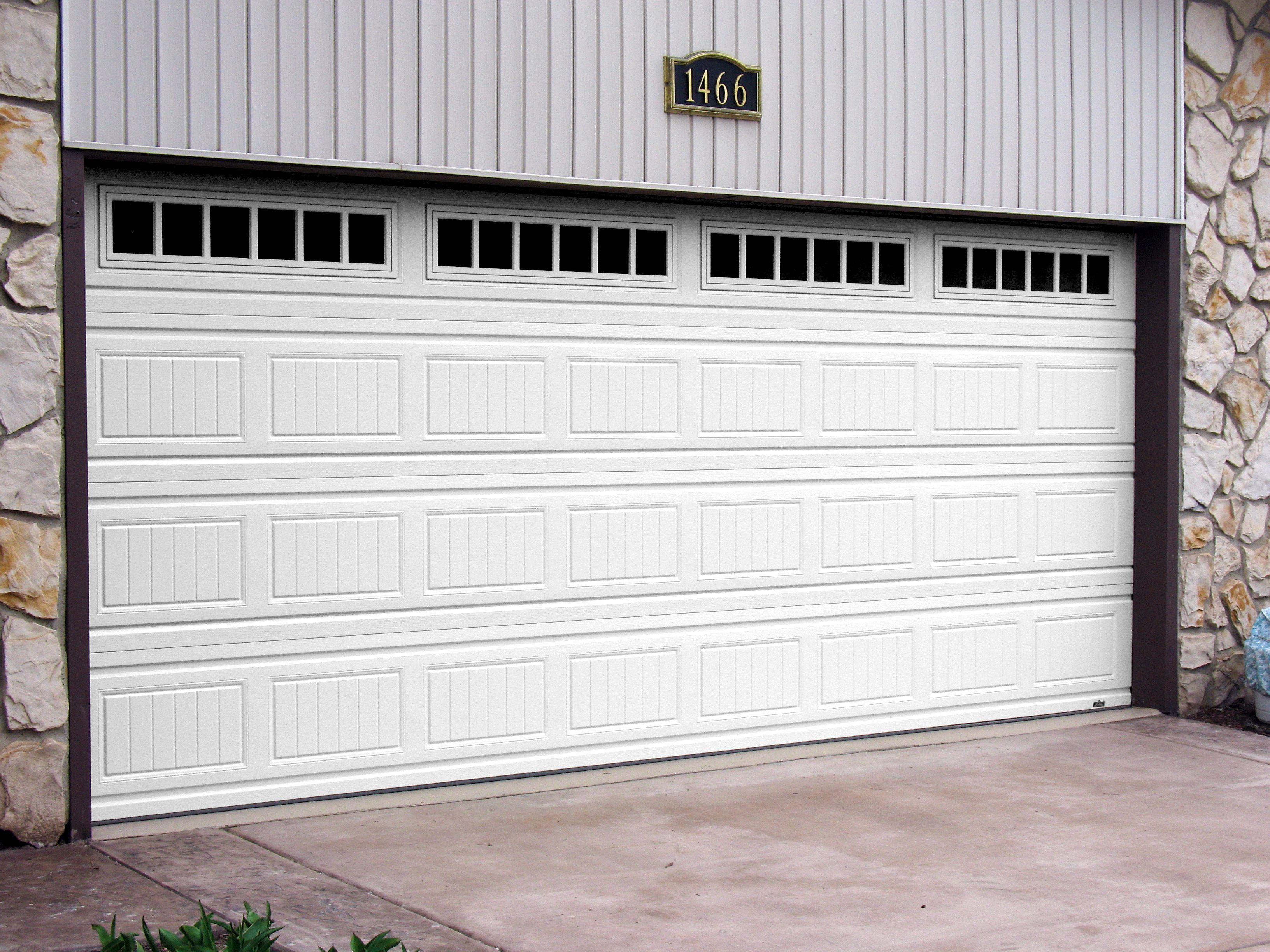 Offering 24 7 All Types Of Garage Door Services Modern Garage