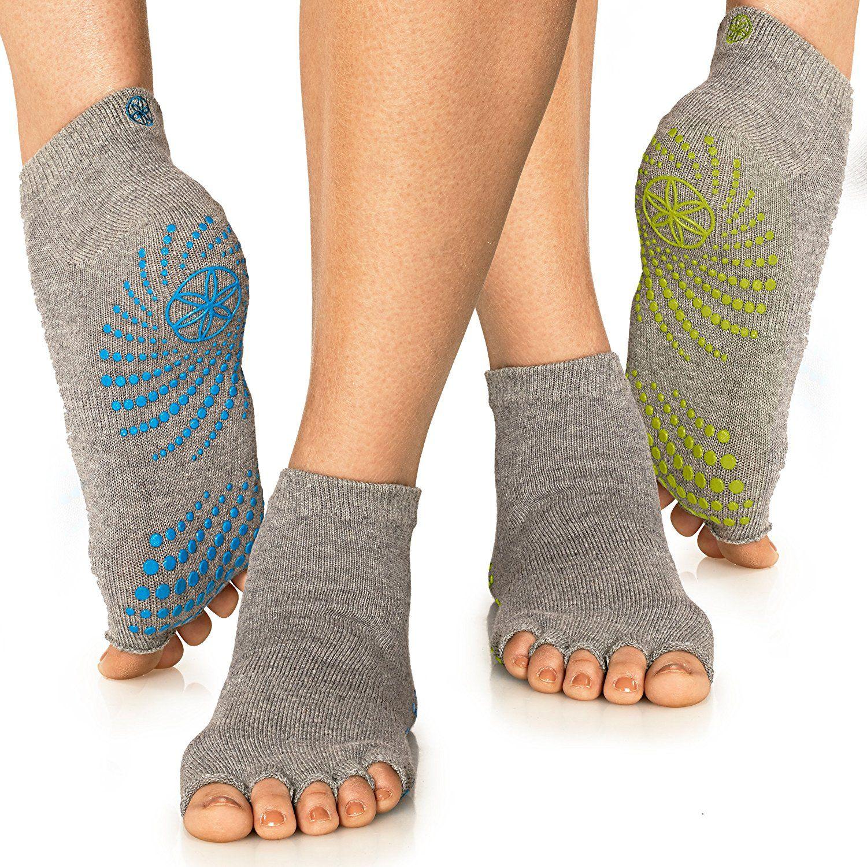 1999 gaiam grippy toeless yoga socks 2pack yellow