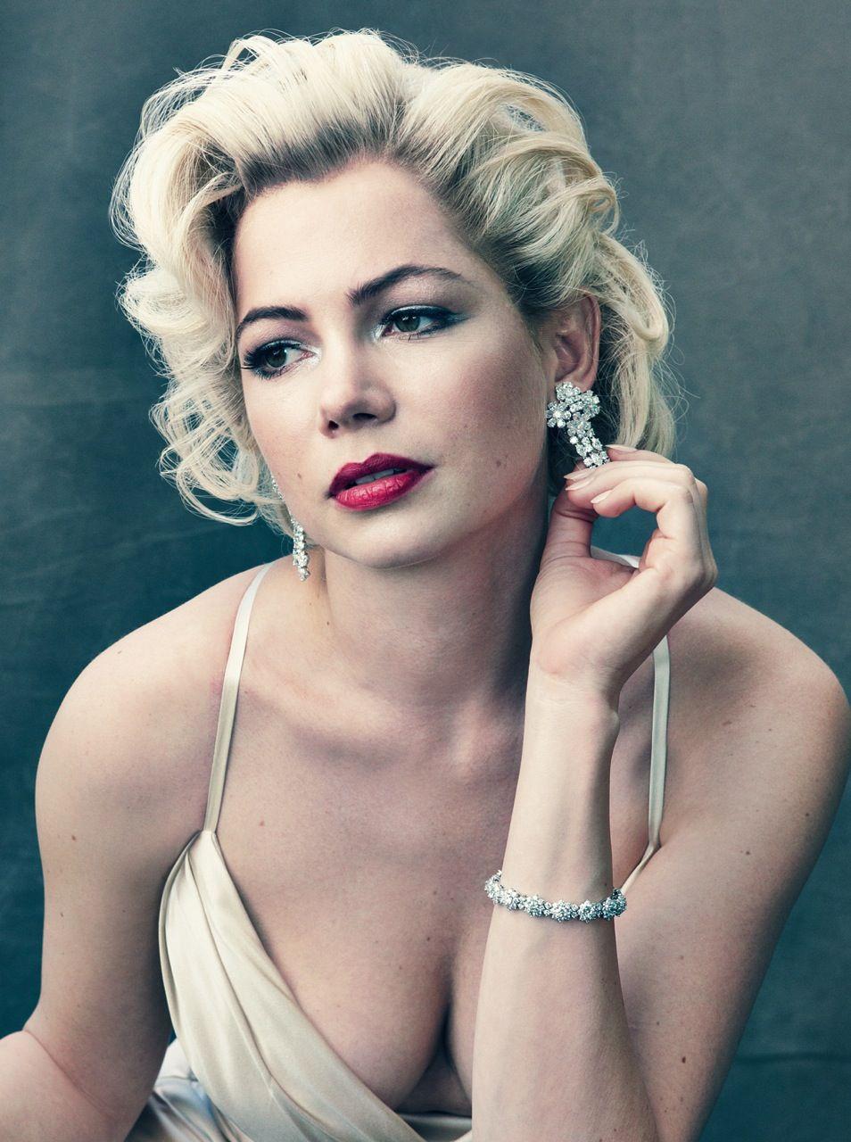 Michelle Williams as Marilyn Monroe 046d3468e