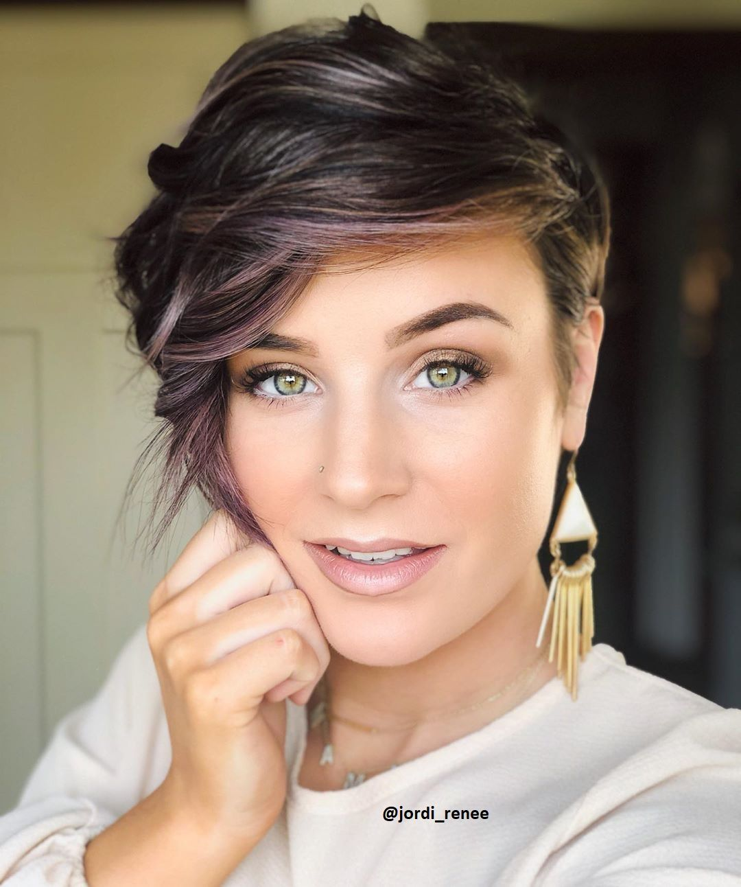 Finden Männer, Frauen mit kurzen Haaren wirklich attraktiver