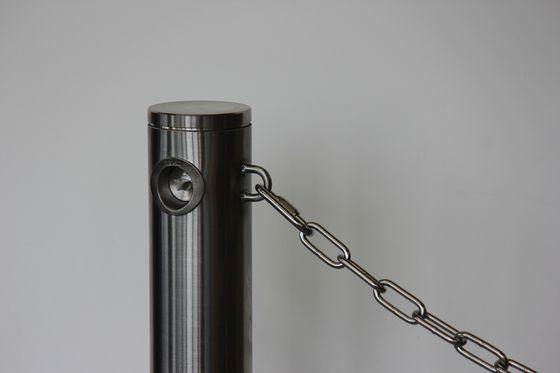 Public Bollard with chain by BURRI | Bollards