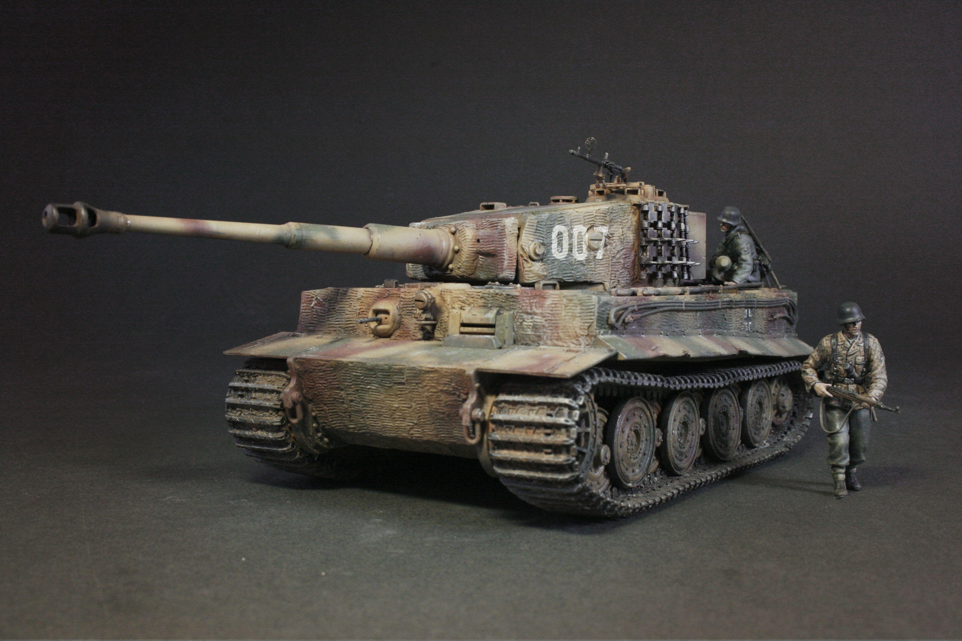 AFV - German Pz.kpfw VI TIGER I   Military vehicles