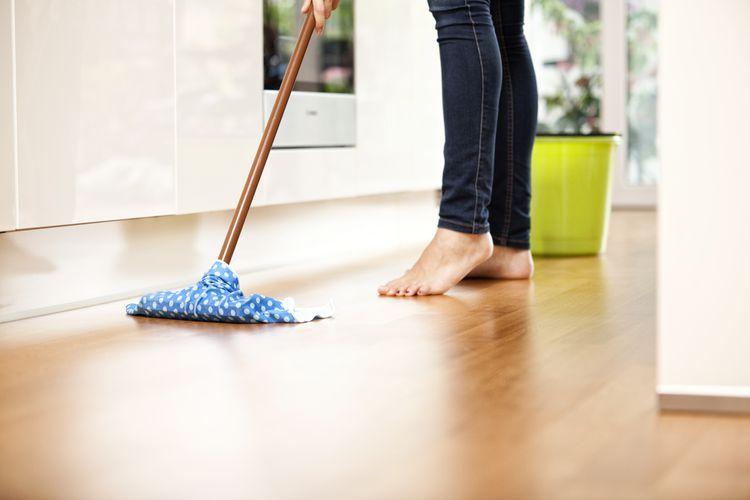 The 8 Best Hardwood Floor Cleaners Of 2020 Best Hardwood Floor Cleaner Hardwood Floor Cleaner Vinyl Floor Cleaners