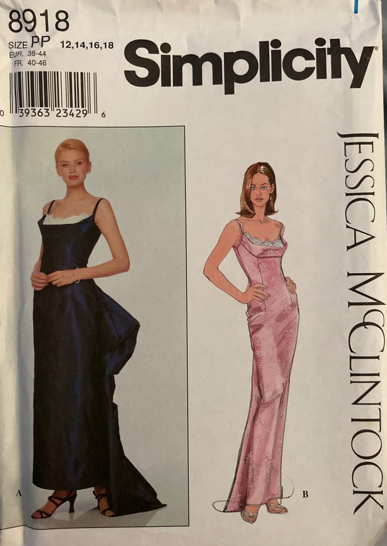 Vintage Simplicity Evening Gown Or Prom Dress Pattern 8918 By Etsy Prom Dress Pattern Evening Gowns Dress Pattern [ 1120 x 794 Pixel ]