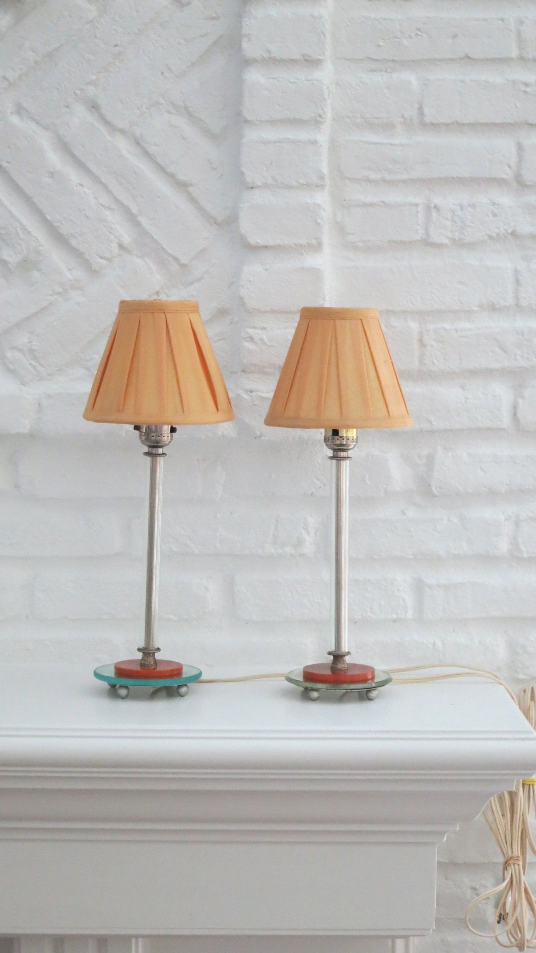 Pretty Pair Small Gl Mirrored Bakelite Table Lamps Vintage Bedside Lighting Vanity Bourdoir Nursery Accent Lights By Caughtmyfancy On