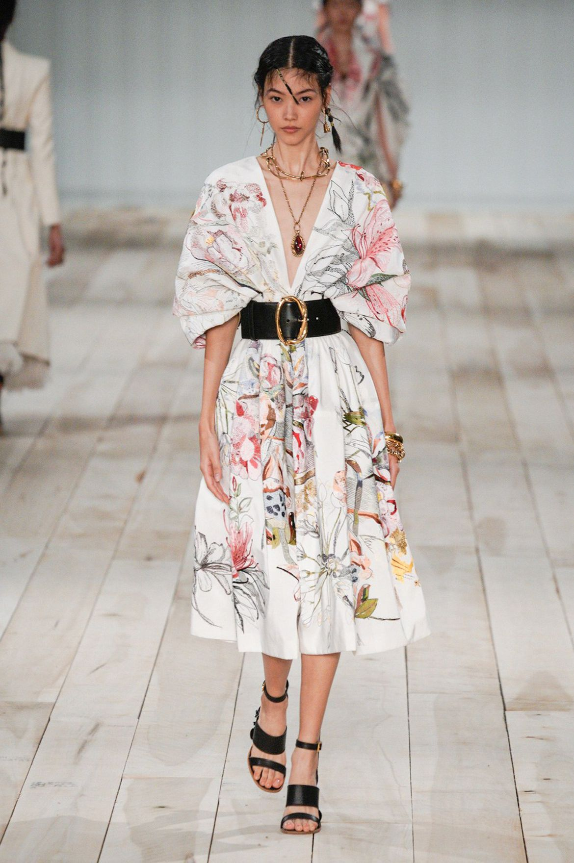 Alexander McQueen Spring Summer 2020 | Mcqueen fashion ...