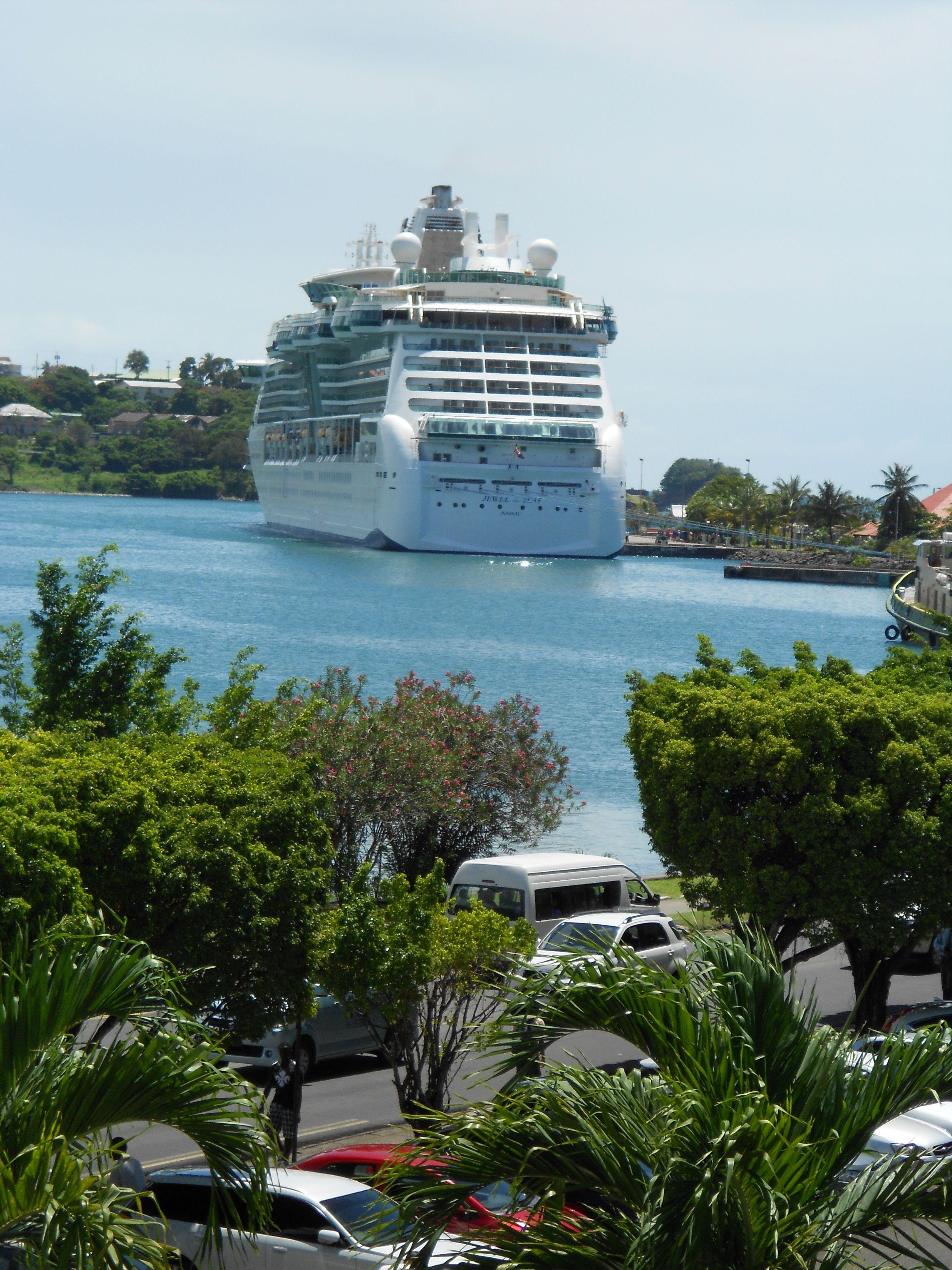 31+ Do Cruise Ships Get Water  Gif