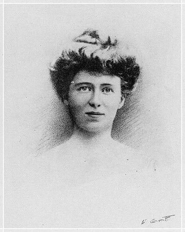 Hair style in 1910's Beauty Femme, La grande guerre