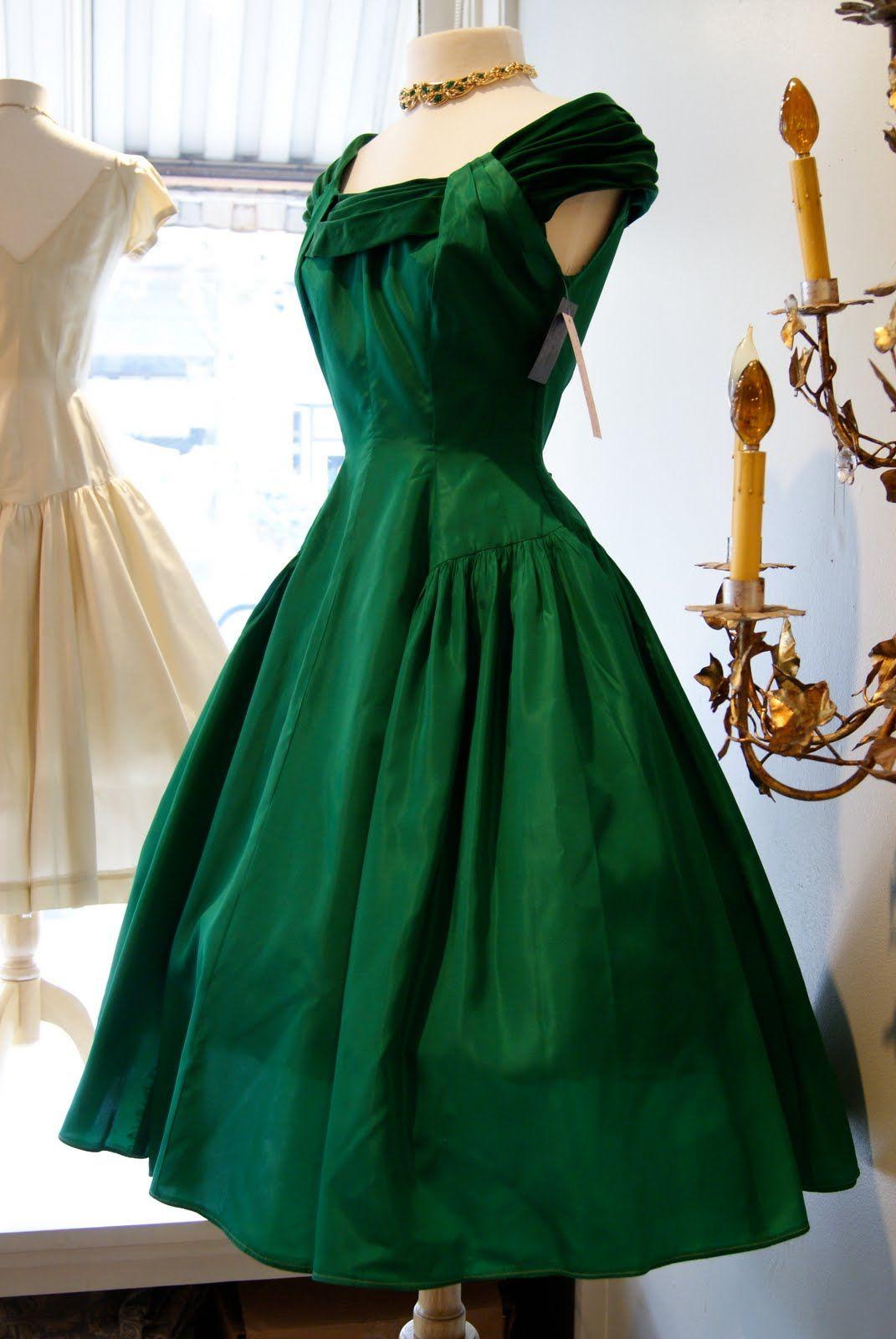 Best vintage wedding dress designers  Xtabay Vintage Clothing Boutique  Portland Oregon  Darling