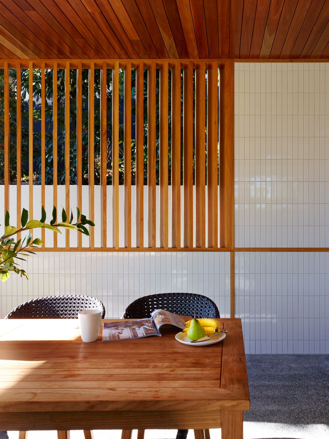 Post PostWar House by Shaun Lockyer Architects Brisbane