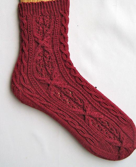 Anjo Cable Lace Socks pattern by Linda Lehman | Sock ...
