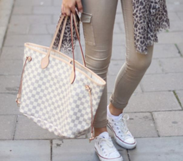 9c925388a0d45 Luis Vuitton Neverfull | Perfect everyday bag | Blonde Amazon | Bags ...