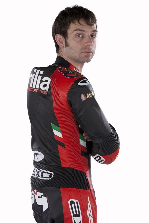 SYLVAIN GUINTOLI - The 30 year-old Frenchman rides alongside Eugene Laverty in the 2013 #WSBK Championship astride an official #Aprilia #RSV4. #Guintoli, a rider with a great deal of experience who races with the number #50 on his fairing, was born in Montélimar in June 1982. He raced with Aprilia in the 250 class of the World Motorcycle GP Championship from 2001 to 2006.