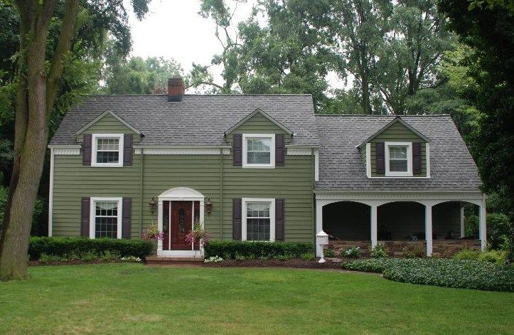 Siding After Picture Beautiful Curb Appeal Green Vinyl Siding House Siding House Exterior