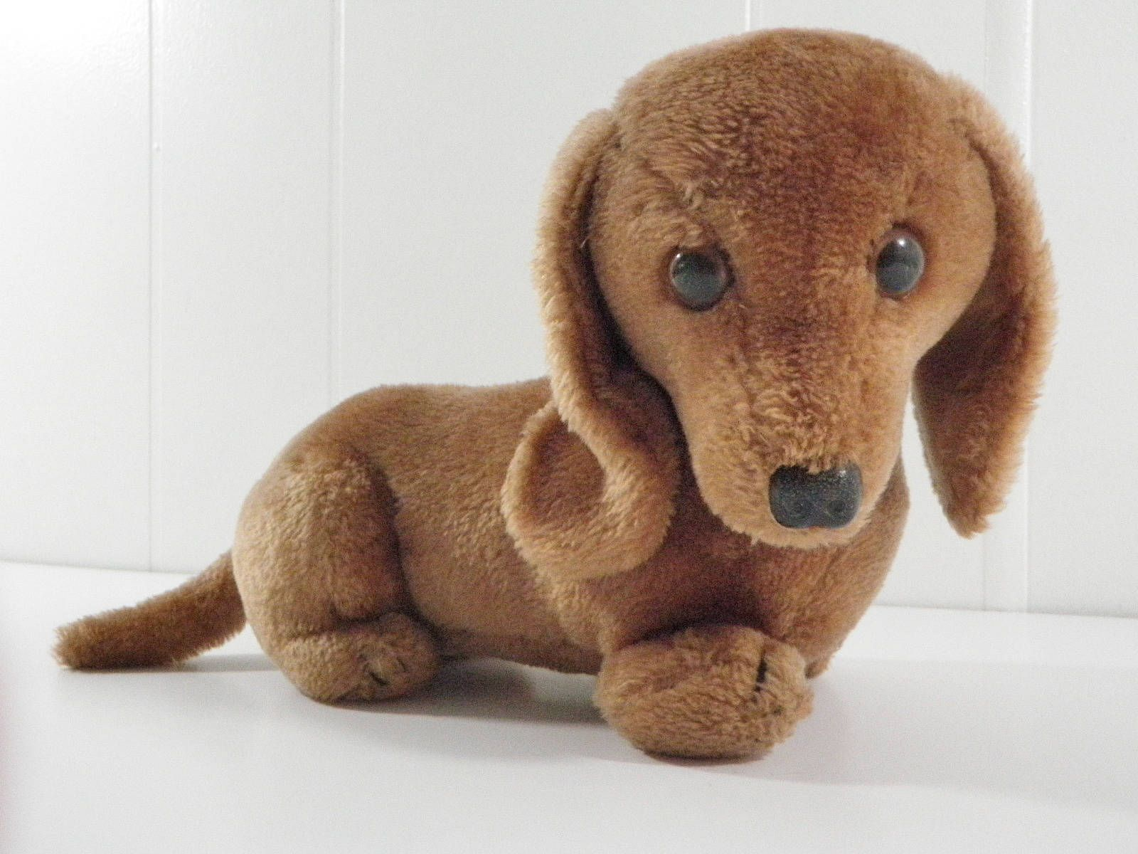 Vintage 1976 Stuffed Dachshund Wiener Dog Dakin Plush Animal Toy
