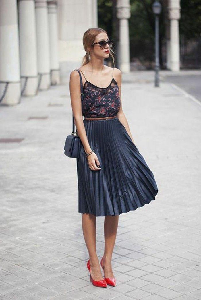 c143e0b50596 Comment porter la jupe longue plissée  80 idées!
