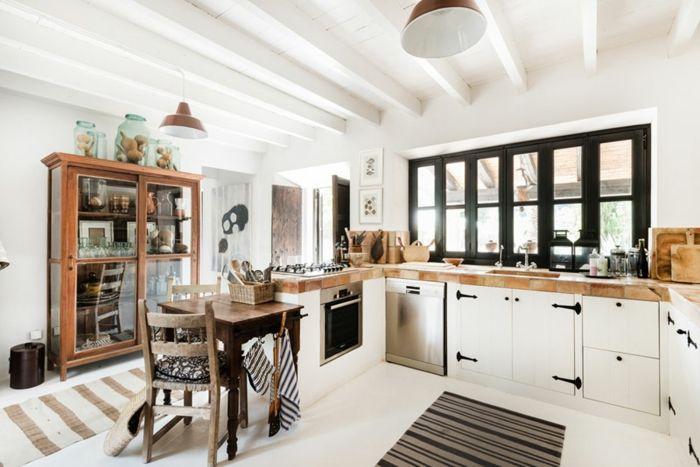 Landhausküche Modern landhausküche modern teppichläufer streifen holz leuchter große