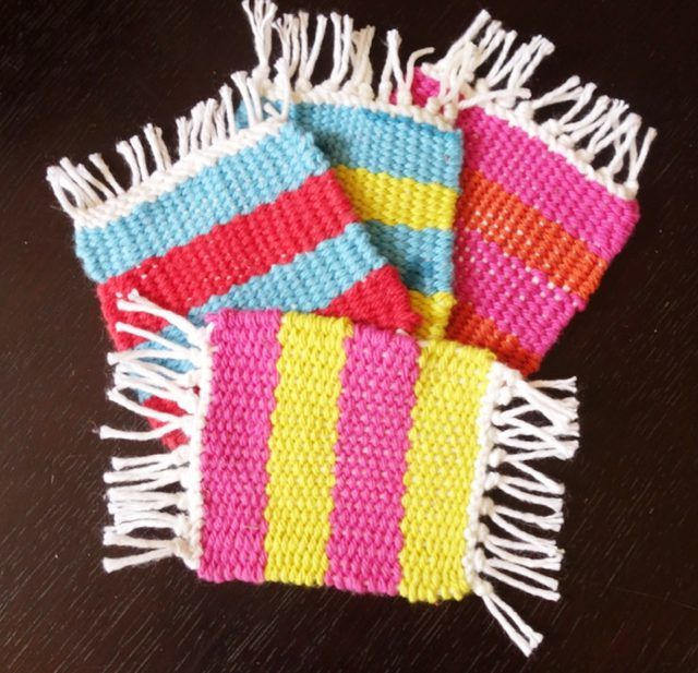 Easy Way To Weave Coasters On A Cardboard Loom Ehow Weaving