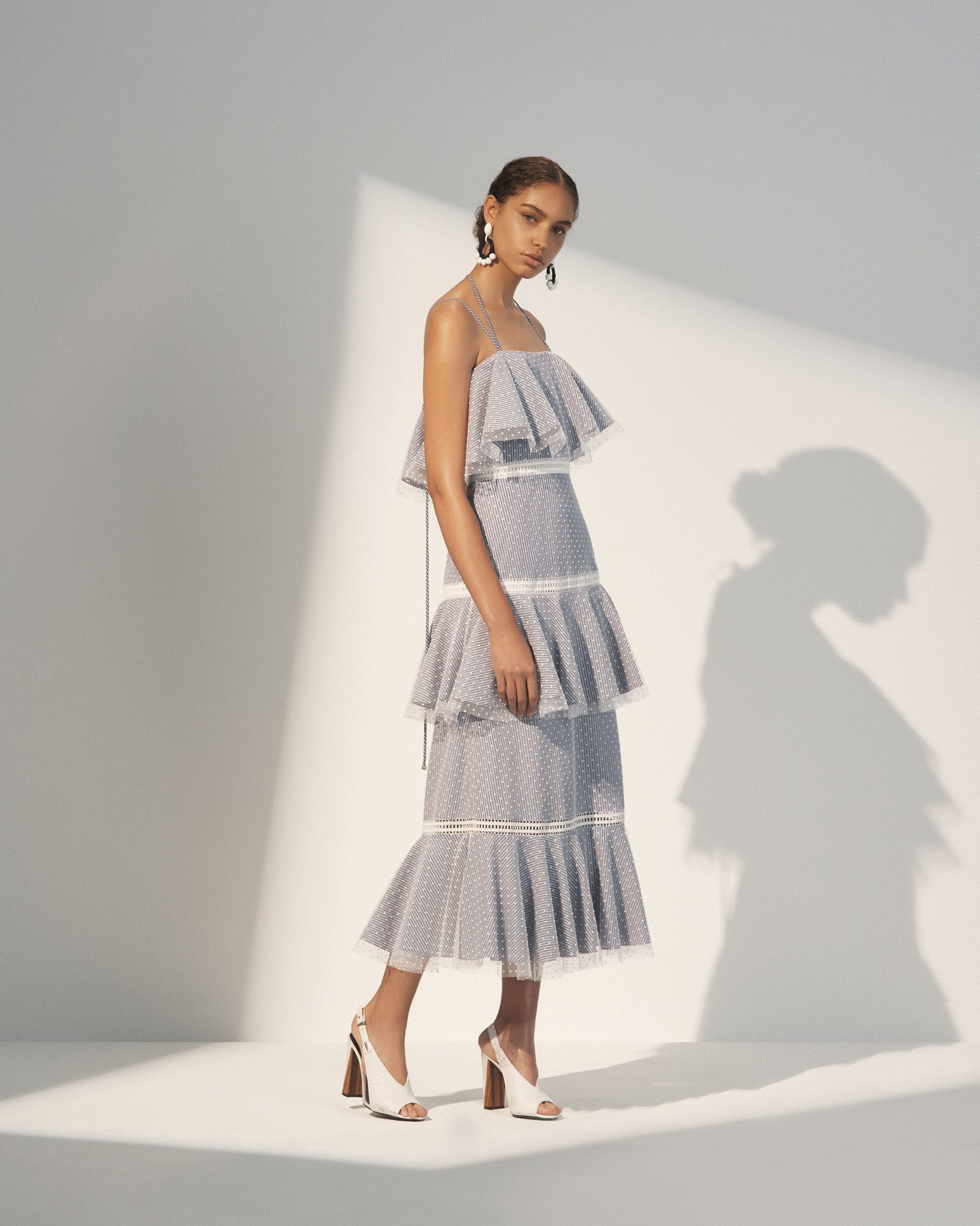 See the complete Prabal Gurung Resort 2018 collection.