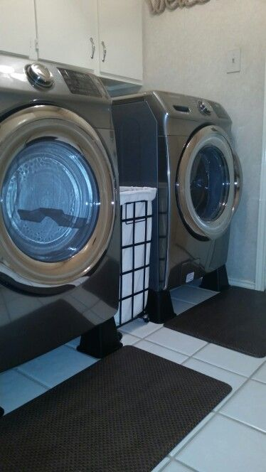 Lift Front Loader Washing Machine And Dryers With Bed Risers Works Great Washing Machine Pedestal Front Loader Washing Machine Laundry Mud Room