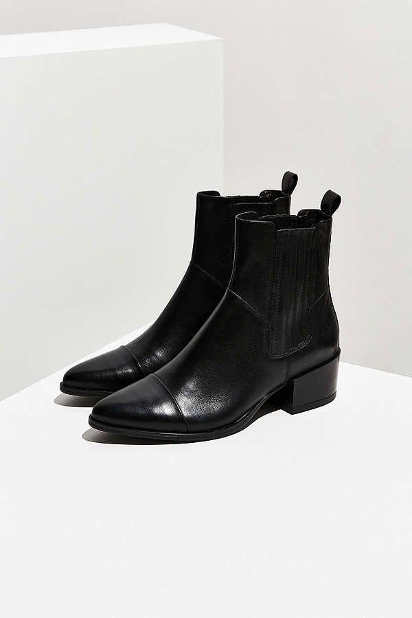 16428dde2be3cf Vagabond Shoemakers Marja Chelsea Boot in 2019