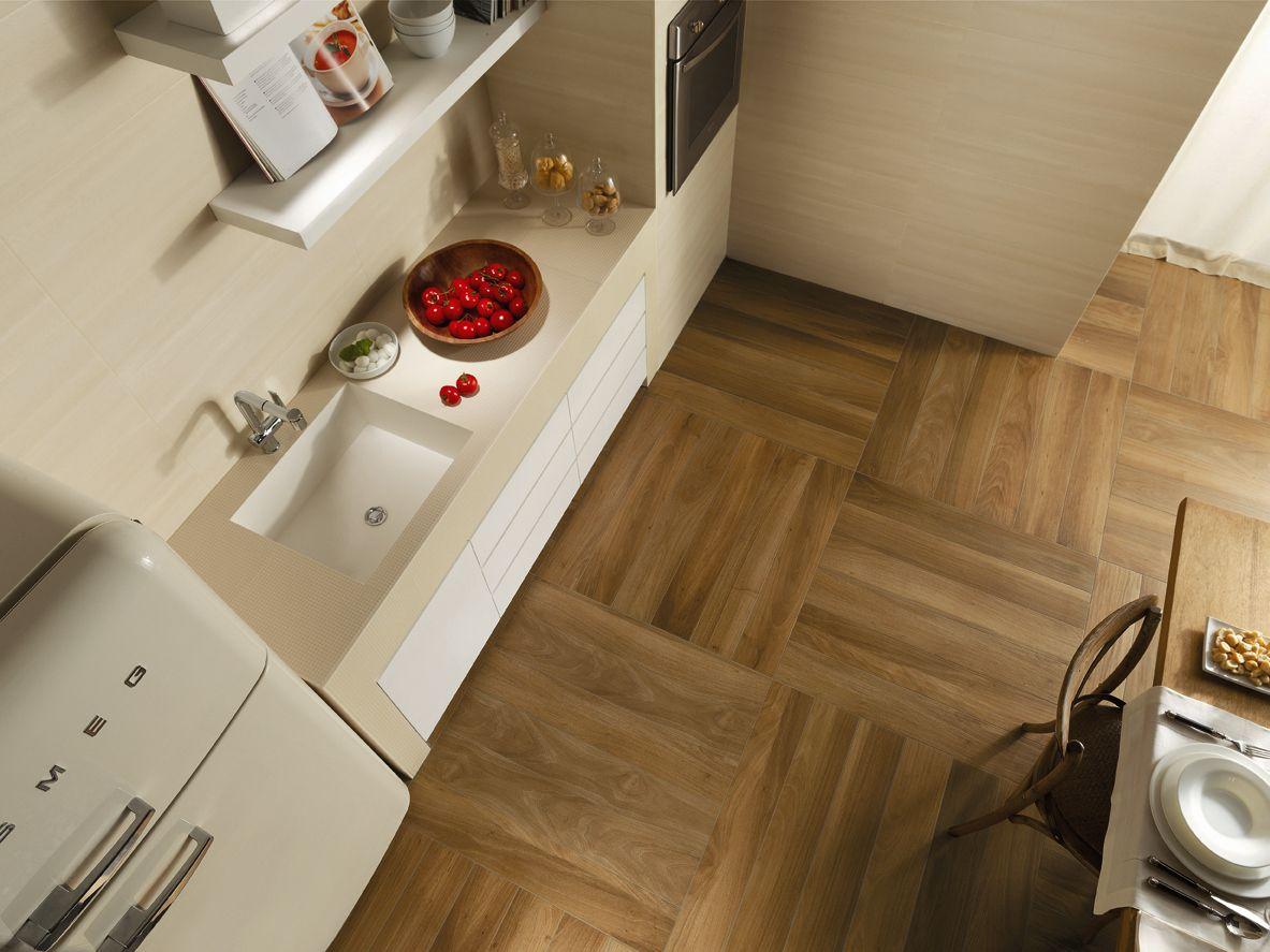 Pavimento rivestimento in gres porcellanato effetto legno nuances
