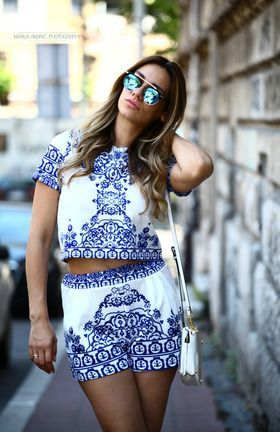 Blue White Short Sleeve Floral Crop Top With Shorts