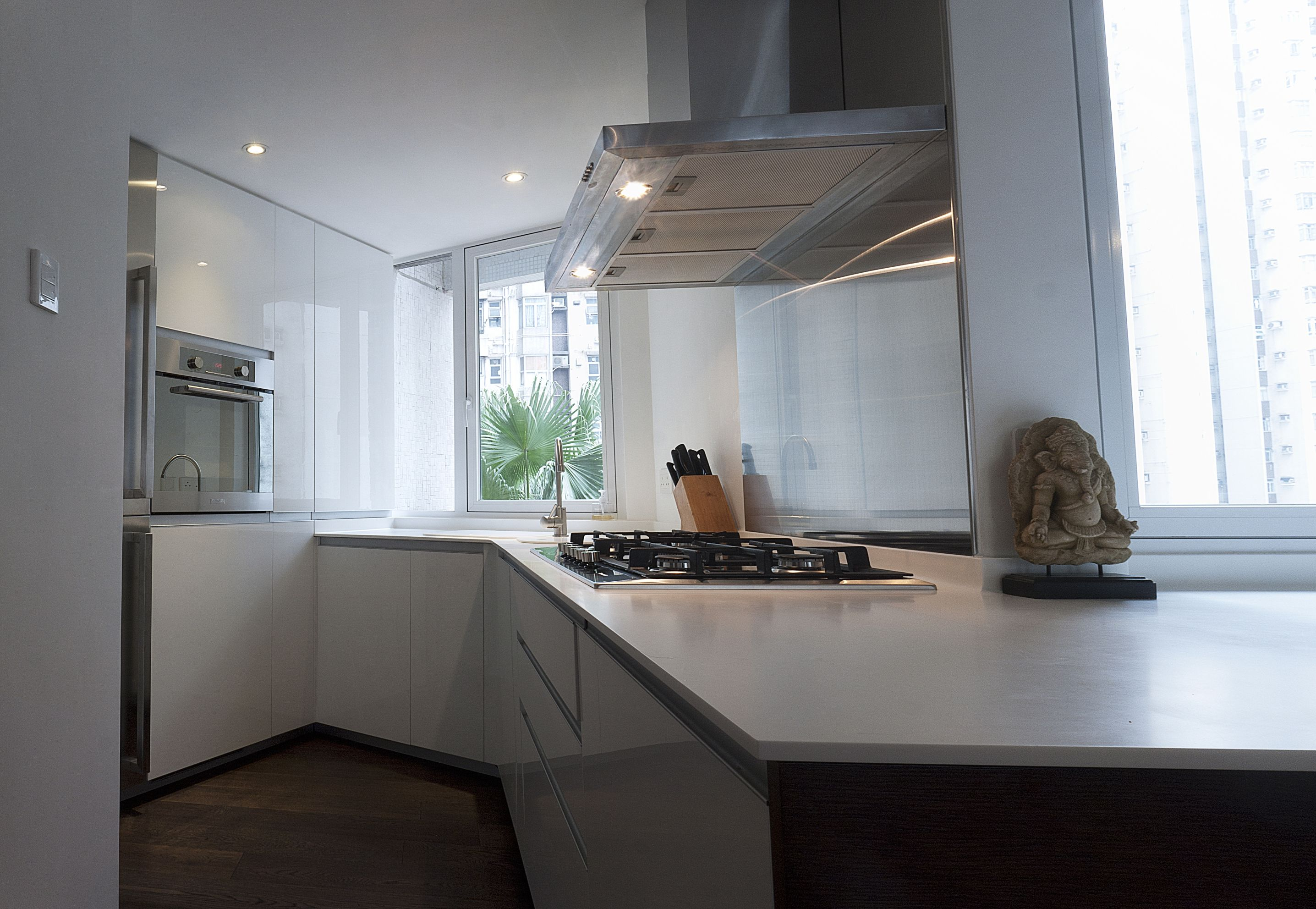 Kitchen with Corian top | Hong Kong Projects | Pinterest | Corian ...