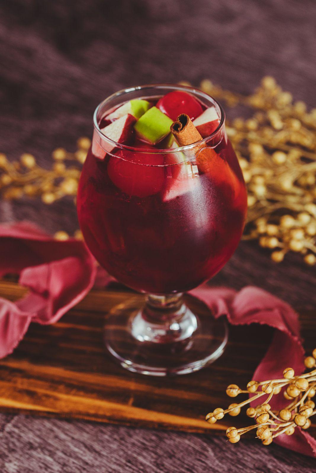 8 FALL WEDDING SIGNATURE DRINKS Wedding signature drinks