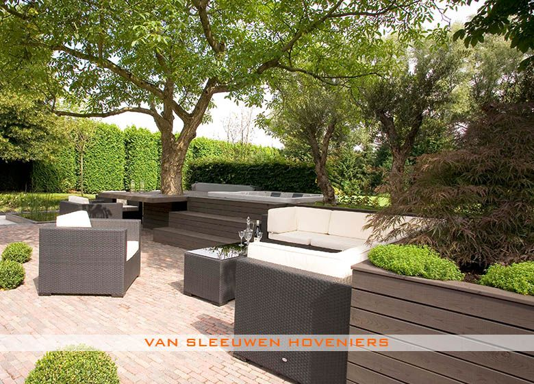 Nieuw Tuin met jacuzzi, ontwerp & aanleg door Van Sleeuwen Hoveniers AG-49