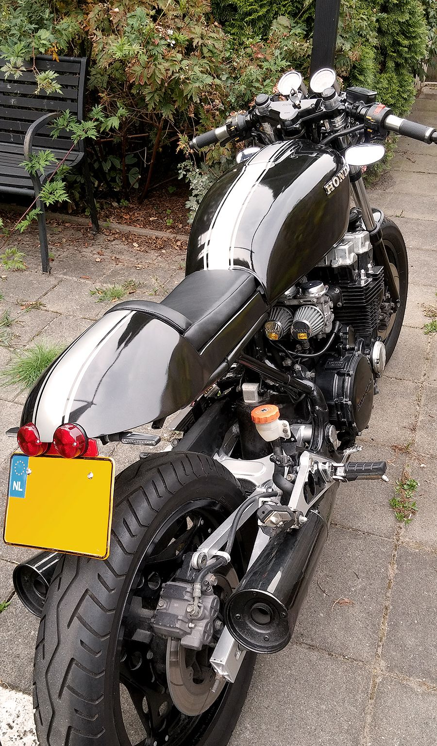 Honda CBX 750F 1988. Cafe Racer 2016. Air/oil cooled