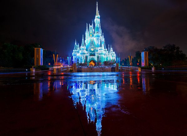 cinderella reflection Royal reflection shows off cinderella's castle as it comes alive at night, perhaps  in anticipation of another festive ball.