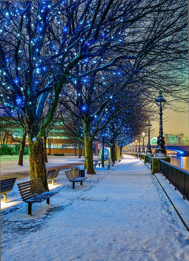 The Queen\u0027s Walk, London, UK - Blue Christmas Lights - winter